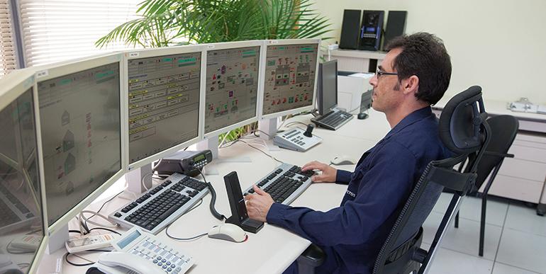 AEQT, industria química de Cataluña
