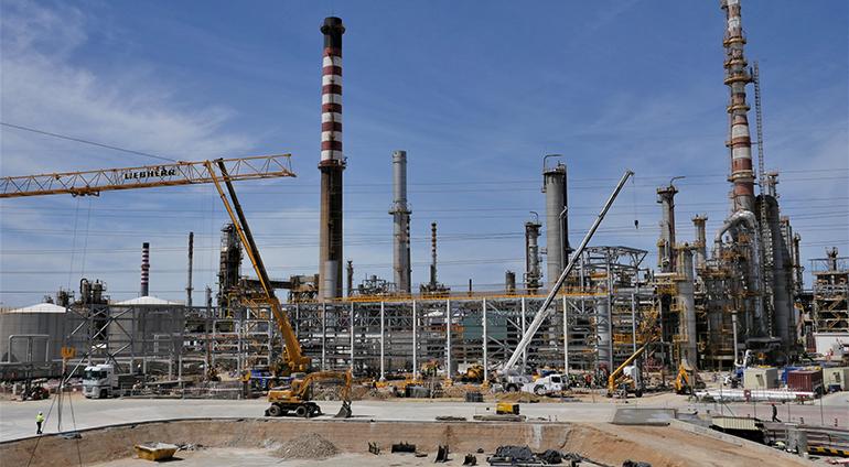Cepsa presenta su renovada planta de LAB de Cádiz