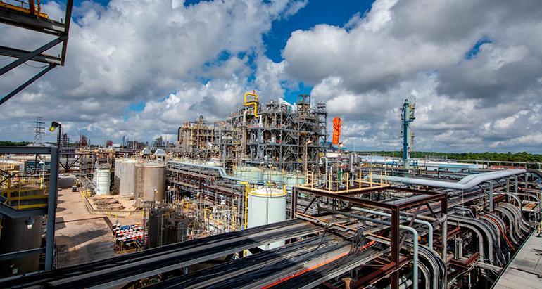 Covestro invierte 1.500 millones en una nueva planta de MDI a gran escala en EE UU