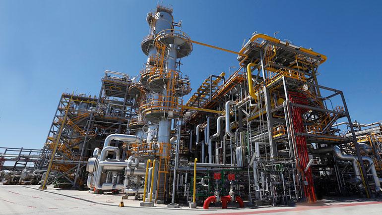 Cepsa invierte 117 millones en la planta de San Roque que fabricará LAB con tecnología Detal
