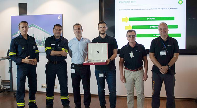 Depisa recibe el primer premio de seguridad en la refinería de BP Oil Castellón