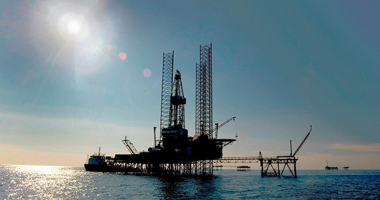 Plataformas petrolíferas, control geodinámico