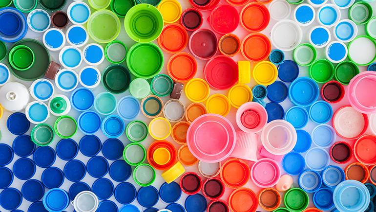 El ciclo de vida de los plásticos. Un proceso circular de la cuna a la cuna