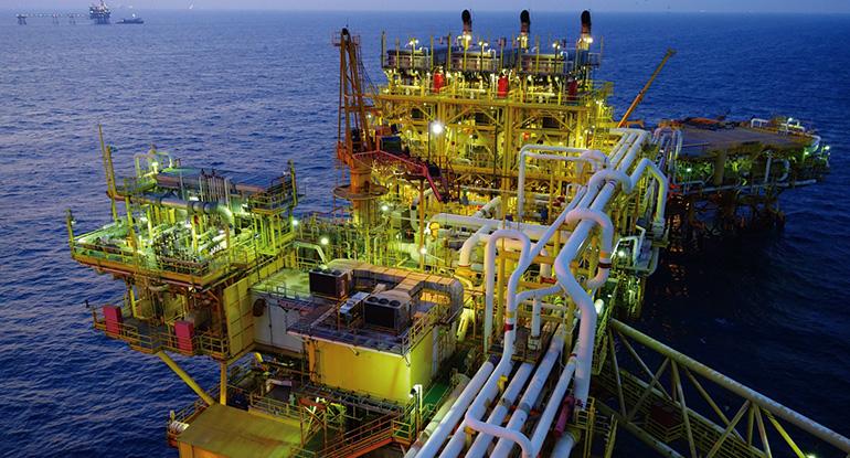 Simulación del proceso de deshidratación de gas natural en el complejo Maloob