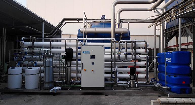 Instalación de agua a medida para distribuidora del sector de limpieza