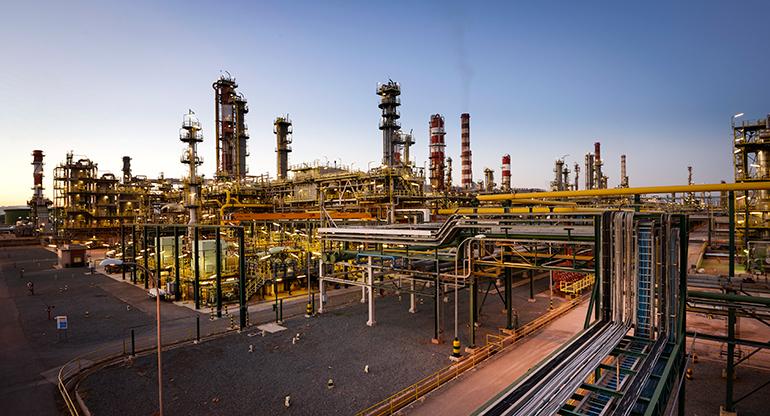 Repsol finaliza la parada de su área química en Tarragona