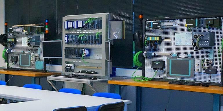 Volkswagen Navarra y Siemens crean un laboratorio de conectividad digital