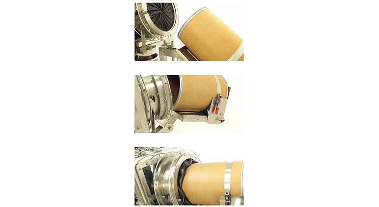 Sistema de acoplamiento de bidones de almacenamiento para la manipulación segura de polvos