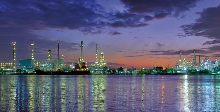 Refino de petróleo, contaminación