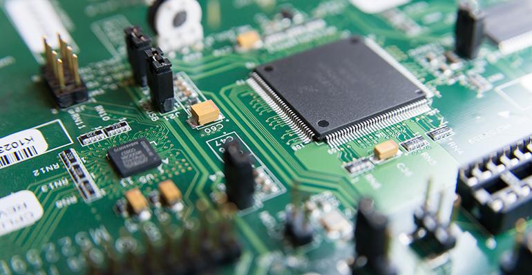 Inhibidores de corrosión VCI en mantenimiento eléctrico y electrónico