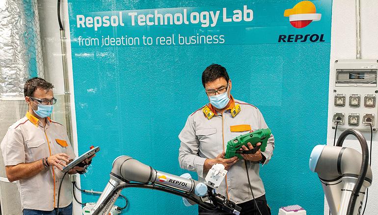 repsol personaliza sus robots colaborativos
