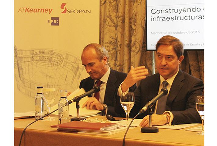 España necesita invertir en infraestructuras un mínimo de 38.000 millones de euros anuales